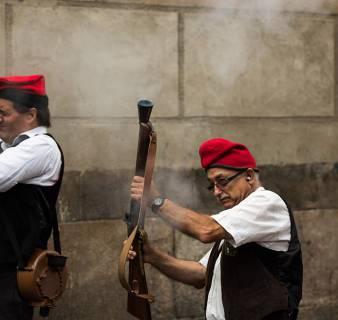 Trabucaires en la Fiesta Mayor de Sant Andreu
