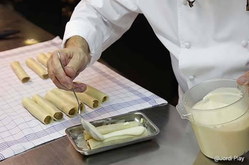 Canelones tradicionales de la cocina catalana