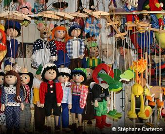 A shop with handmade puppets