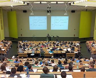 Programmes de bourses et d'aides universitaires à Barcelone
