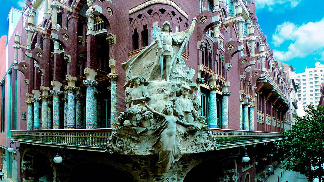 Groupe de sculptures de la façade du Palau de la Música Catalana
