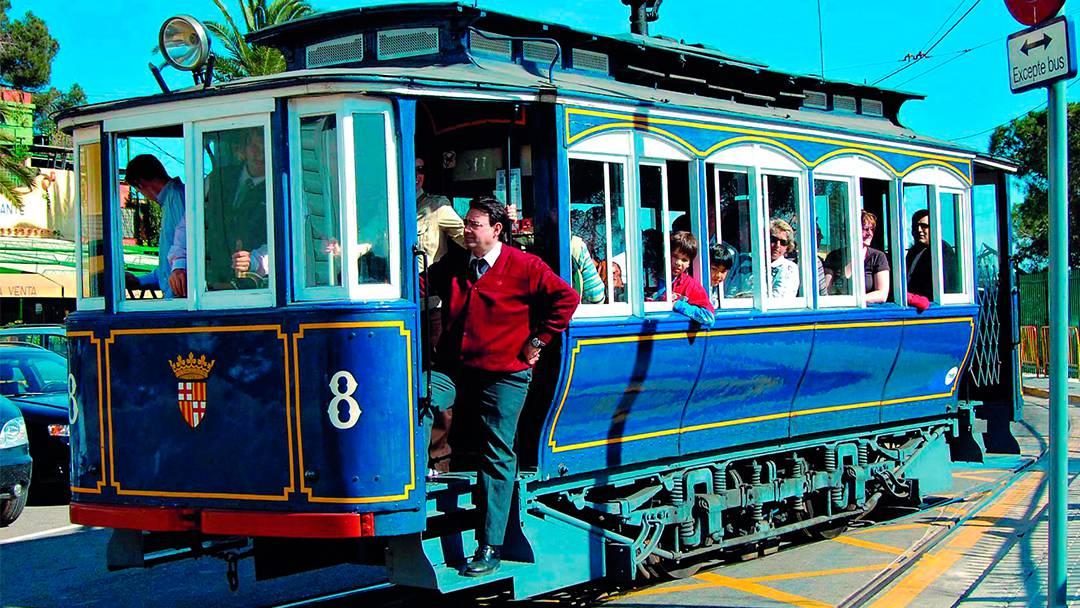 Un vagón del Tranvía Blau