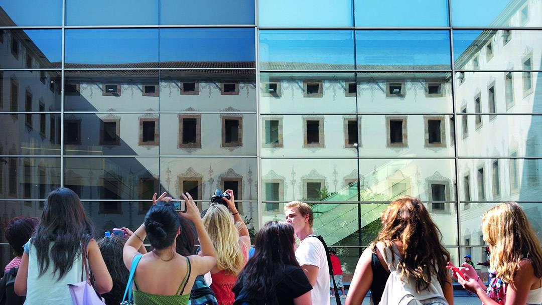 Glass facade of the CCCB