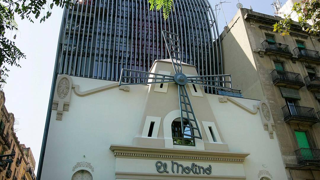Facade of the theater El Molino in Paral.lel