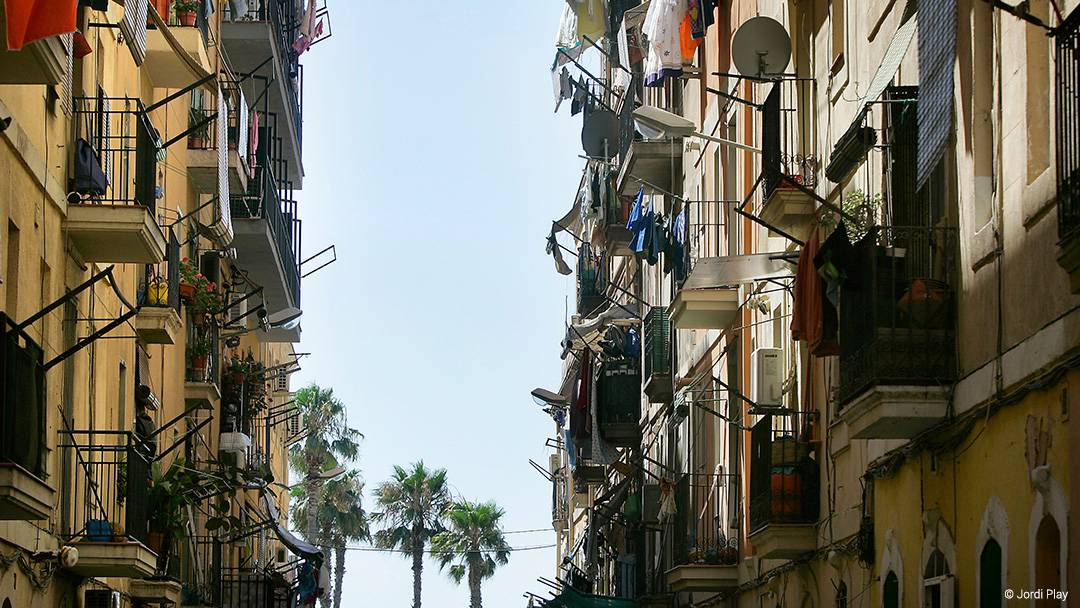 Una calle del barrio de la Barceloneta