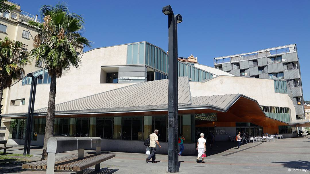 Edifici de la Biblioteca Jaume Fuster