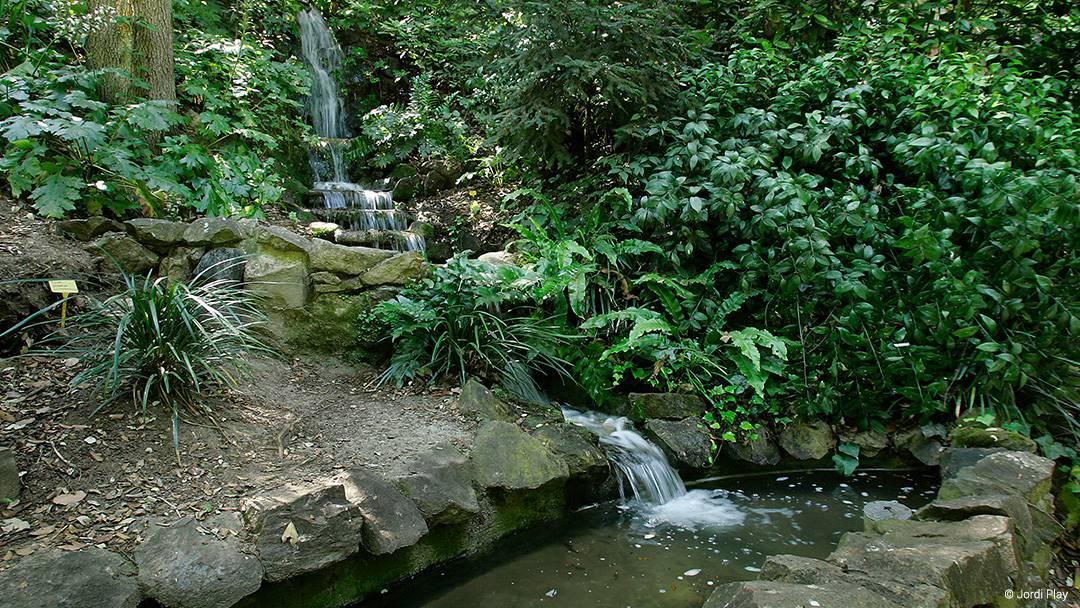 Salto de agua en el parque de Montjuïc