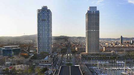 El Port Olímpic i les dues torres