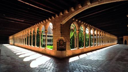 Le cloître du monastère de Pedralbes
