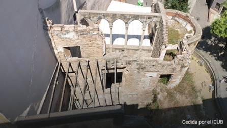 Vista de las intervenciones arqueológicas en la plaza de los Traginers