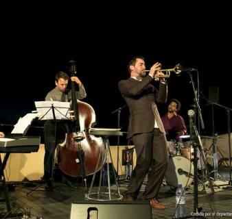 Actuación en las Noches de Verano en La Pedrera