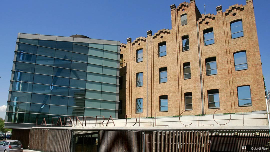 Centre Cultural la Farinera in El Clot