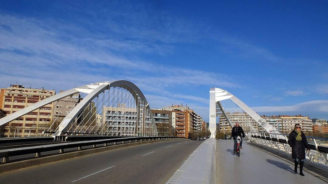 Pont calatrava barcelone meet barcelona for Gimnasio bac de roda