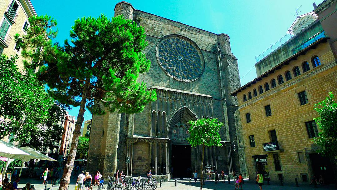 La façade de Santa Maria del Pi