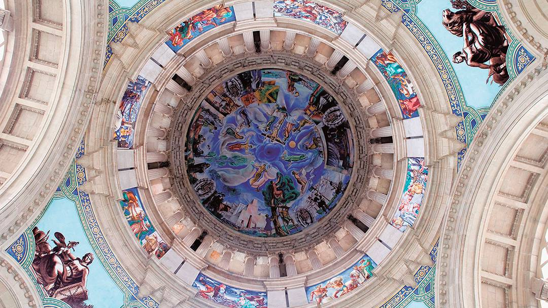 Frescos on the MNAC's inner dome