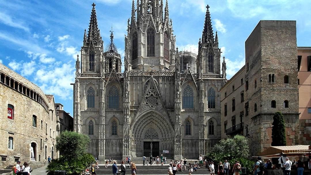 Façade de la Cathédrale de Barcelone