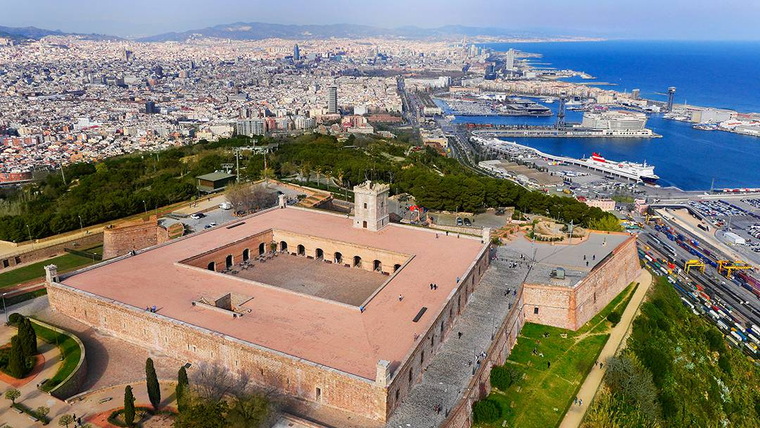 Panoramic view of Montjuïc Castle, Barcelona and the sea