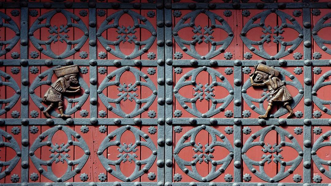 Detail of the Santa Maria del Mar door