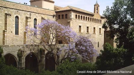 L'antic Hospital de la Santa Creu, on es troba la Biblioteca Nacional de Catalunya
