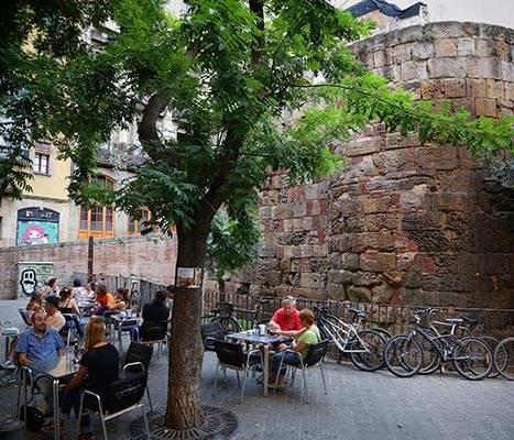 View of Plaça dels Traginers